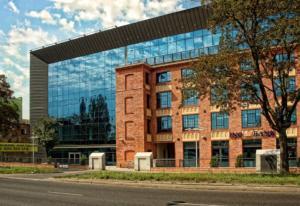 GRO-DACH budynek banku ING ul. Kopcińskiego w Łodzi